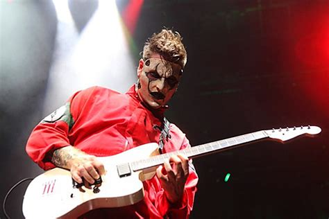 Slipknot Guitarist Jim Root Recovering From Back Surgery