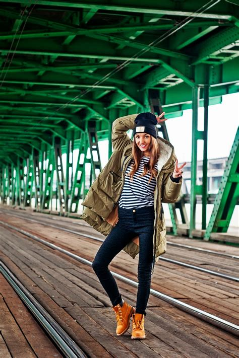 Casual Outfit Ideas with Timberland Boots - fashionsy