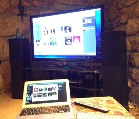 4 Ways to View Your Laptop or Desktop's Screen on Your TV